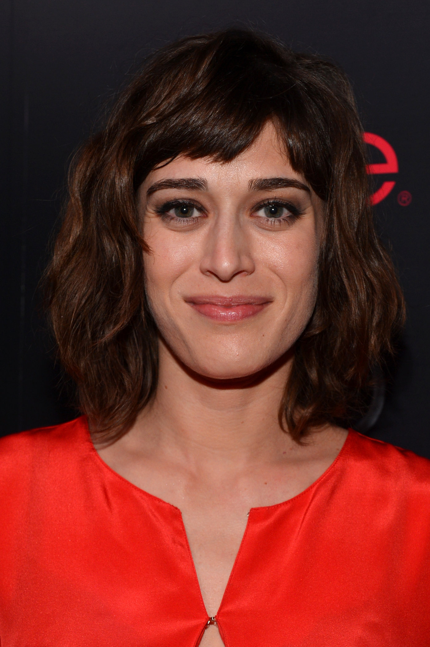 acclaimed actress lizzy caplan - 681×1024