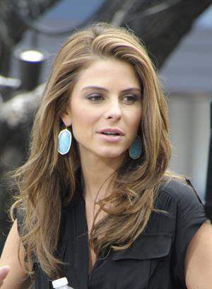 Maria Menounos on the set of the Extra at the Grove in LA on June 5, 2013