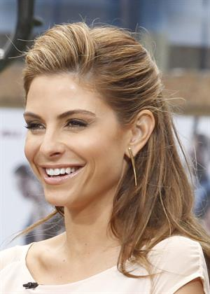 Maria Menounos On set of EXTRA at The Grove in Los Angeles on June 7, 2013
