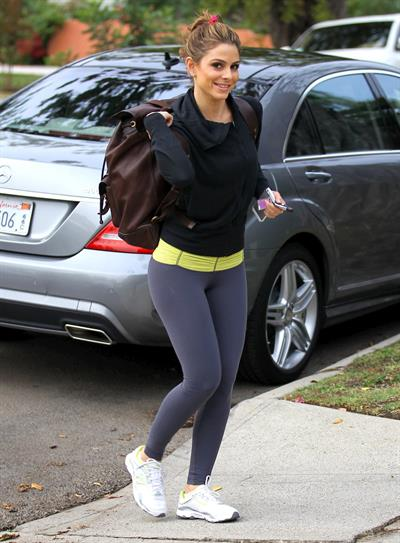 Maria Menounos at the gym in Los Angeles 11/16/12