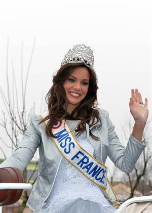 Marine Lorphelin Returns to her Hometown (Dec 19, 2012)