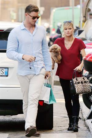 Michelle Hunziker Out Shopping in Milan 12.09.13