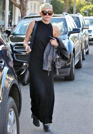 Miley Cyrus out and about in Toluca Lake 11/10/12
