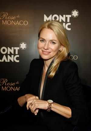 Naomi Watts - Poses during the official opening of the Montblanc Concept Store in Beijing (June 1, 2012)