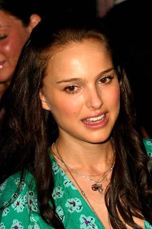 "Natalie Portman – ""Garden State"" NY Premiere 8/12/04"