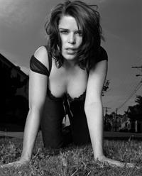 Neve Campbell - Matt Holyoaks Photoshoot