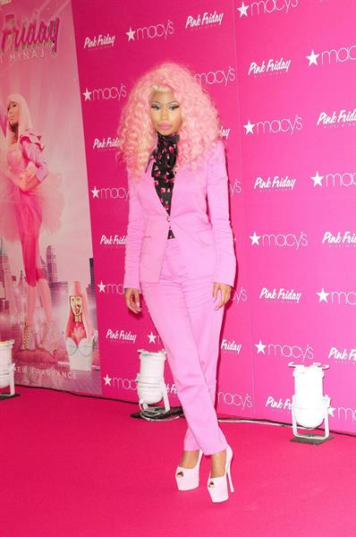 Nicki Minaj  Pink Friday  Fragrance Holiday Season Celebration in New York City (November 20, 2012)