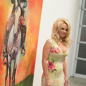 Pamela Anderson Attends GAGOSIAN Gallery Opening of Richard Prince:Cowboy in LA 21.02.13