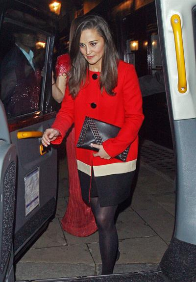 Pippa Middleton Leaving Loulou's nightclub in London - November 1, 2012