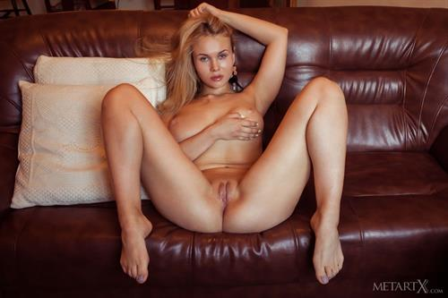 Nude picture rate-8836