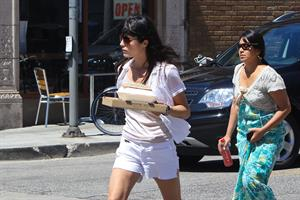 Selma Blair - Went to Abbot Kinney to buy some groceries on Saturday morning - September 1, 2012