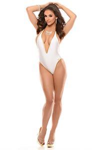 Jaclyn Swedberg in a bikini