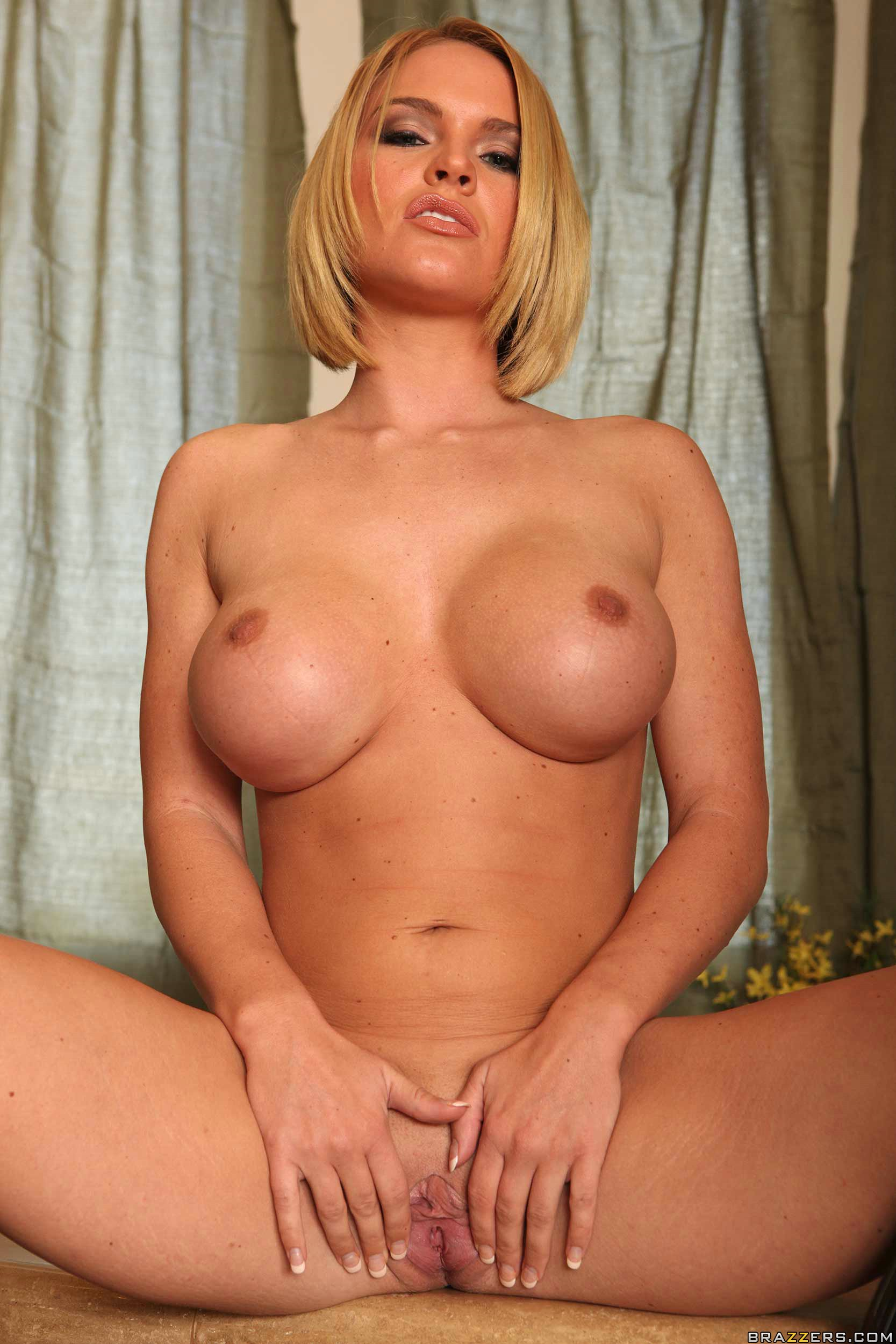 victory nude Krissy