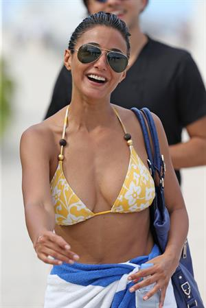 Emmanuelle Chriqui Bikini candids in Miami, 29 Aug 2013