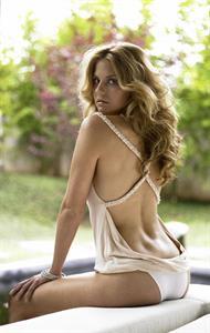 Nikki Griffin in lingerie - ass