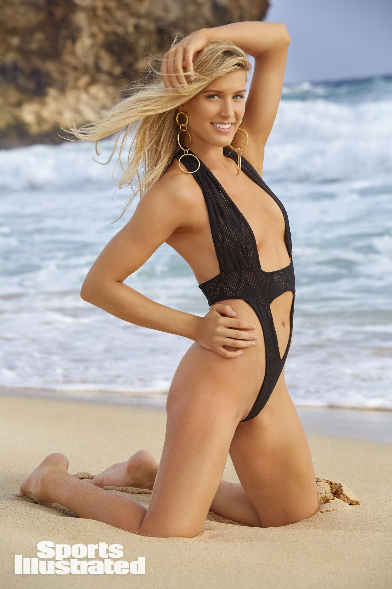 Naked Genie Bouchard stuns in Sport Illustrated photos