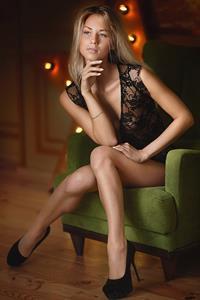 Ekaterina Igrushkina in lingerie