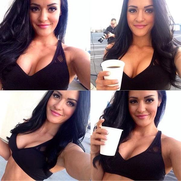 Jessica Arevalo taking a selfie