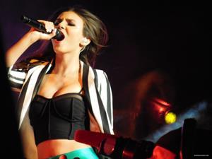 Victoria Justice - Performance at Concord 6/23/2013