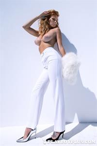 Playboy Cybergirl Elizabeth Ostrander Nude Photos & Videos at Playboy Plus!