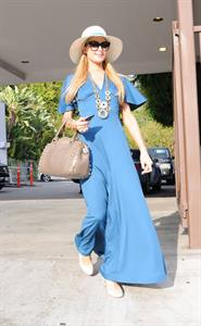 Paris Hilton Shops at Christian Louboutin in West Hollywood (May 9, 2013)