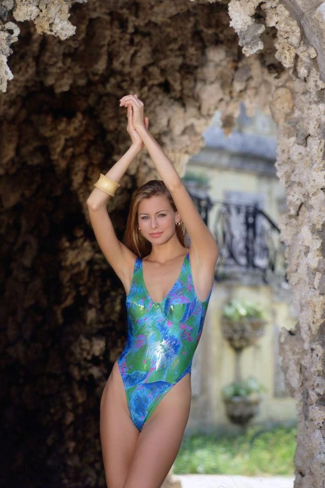Niki Taylor  nackt