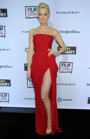 Amber Heard the Rum Diary premiere in Los Angeles on October 13, 2011
