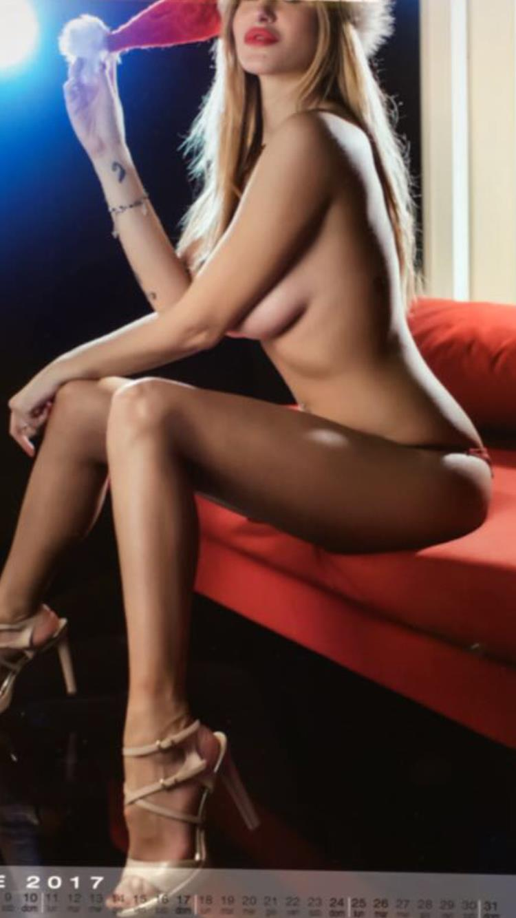 Elena Rizzello Aka Elena Riz Is An Italian Model And Dancer With