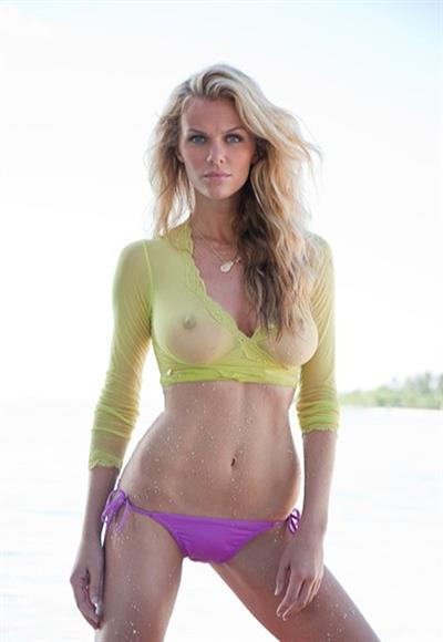Brooklyn Decker - breasts