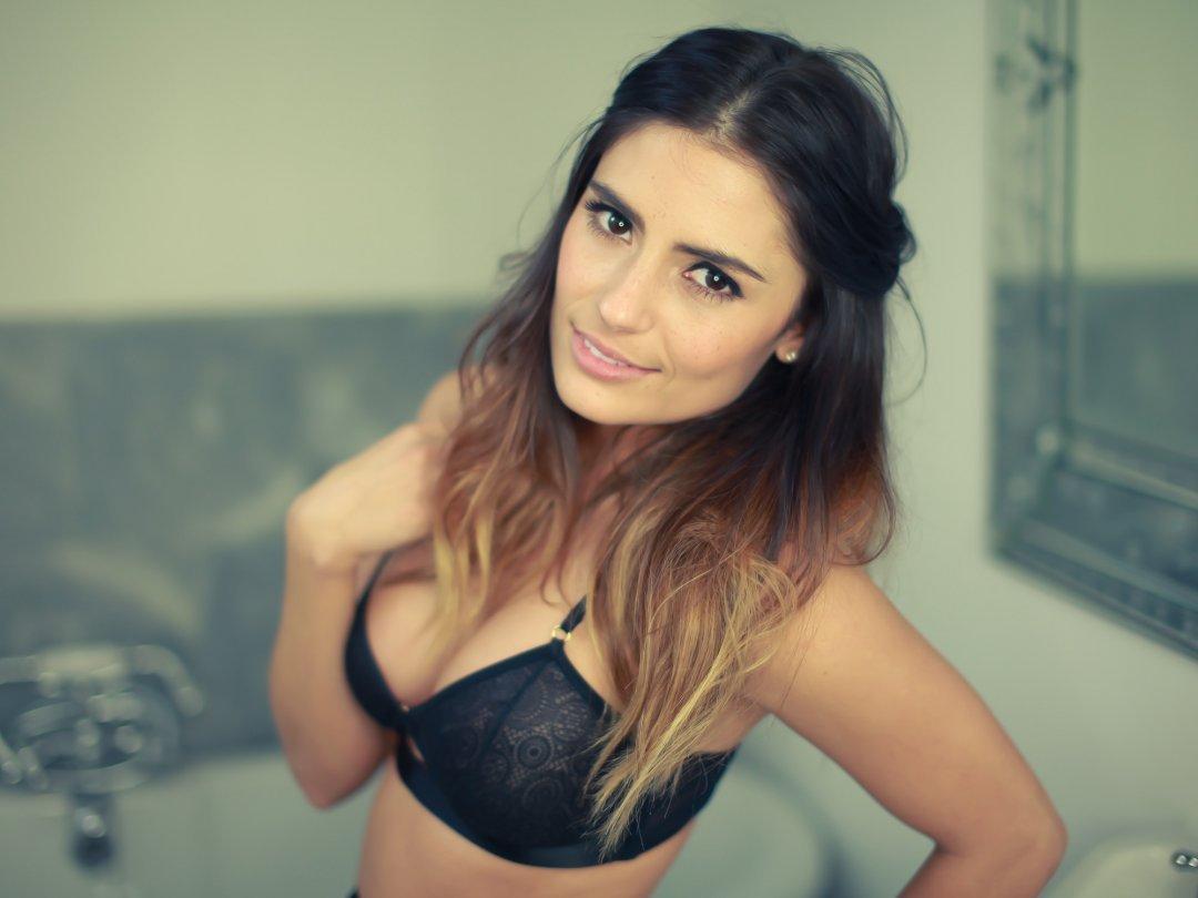 Layla Anna-Lee
