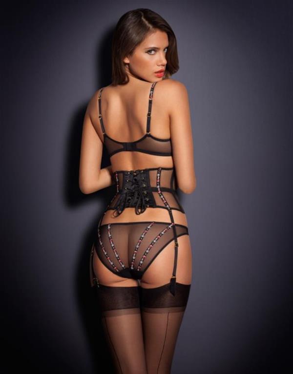 Jacqueline Oloniceva in lingerie - ass