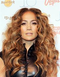 Jennifer Lopez Nude - 4 Pictures: Rating 8.48 out of 10