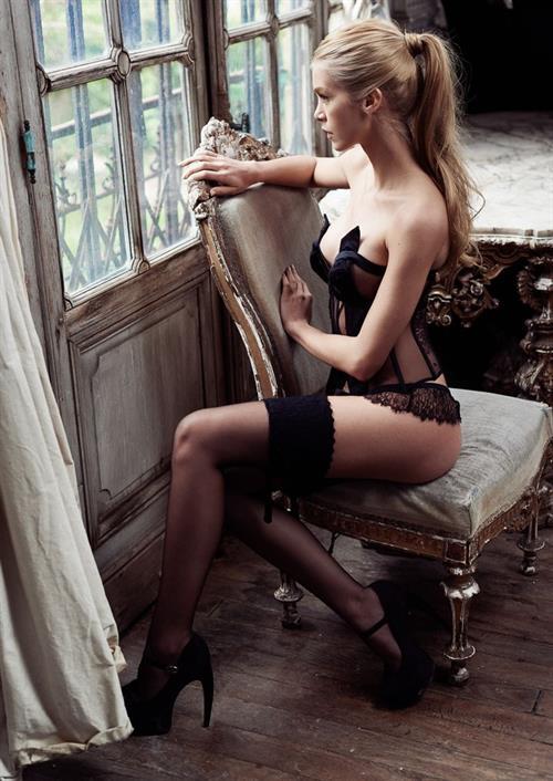 Katiuscia Torres in lingerie