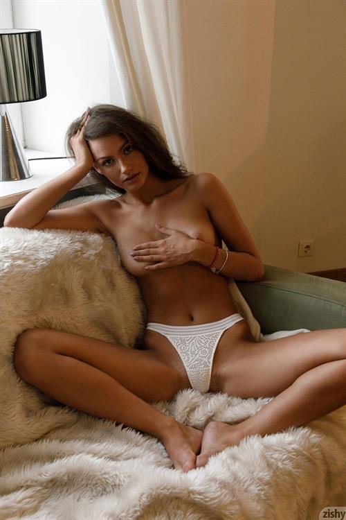 Shyla naked