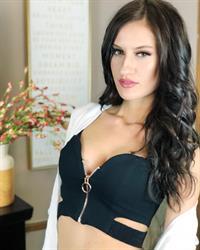 Marina Leigh