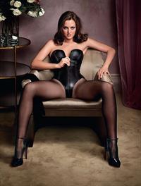Leighton Meester in lingerie