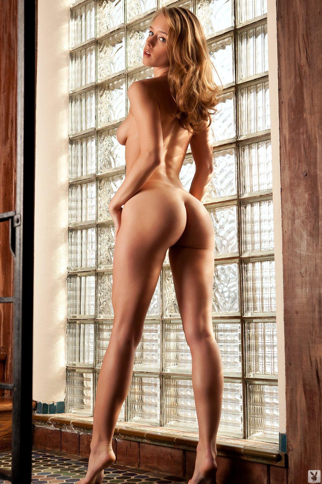 Nude laura Nude Celebrities