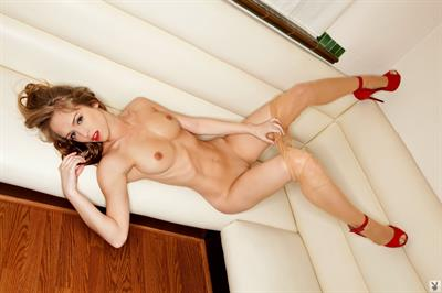 lynn collins nude gallery
