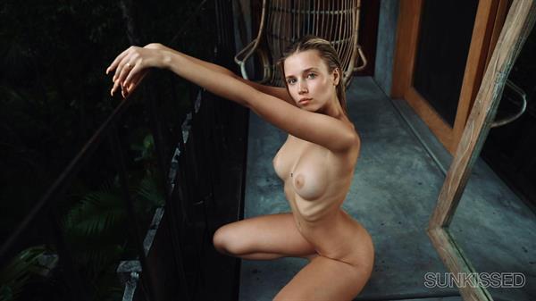 Polina Malinovskaya - breasts