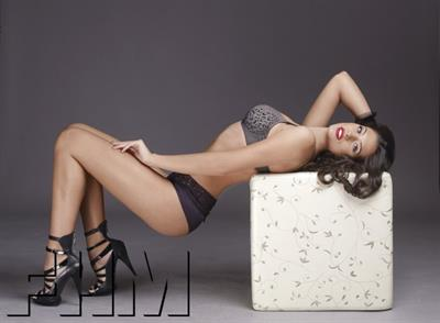 Antonia Iacobescu in lingerie