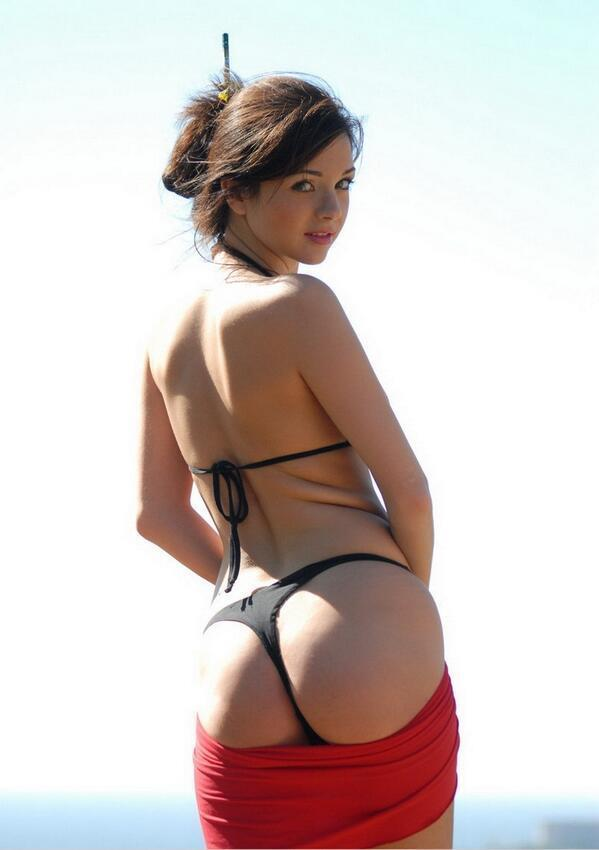 booty bikini