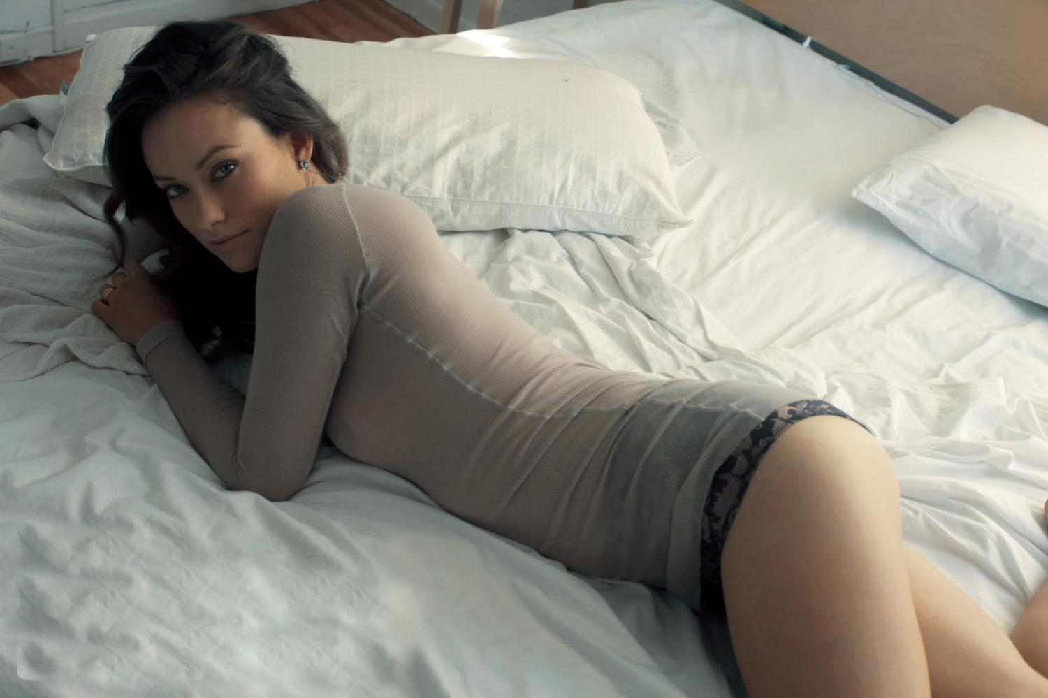 Olivia Wilde in lingerie - breasts