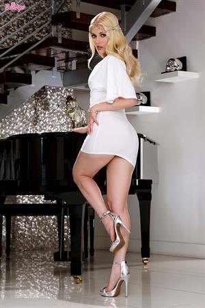 Musical Muse.. featuring Charlotte Stokely   Twistys.com
